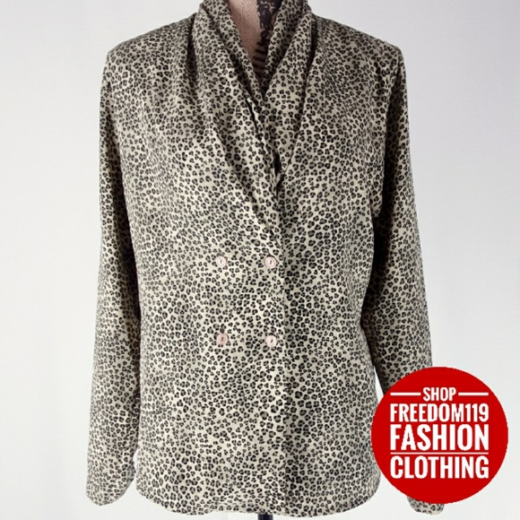 Impressions Tops - Impressions | Double Button Sash Cheetah Top(M)